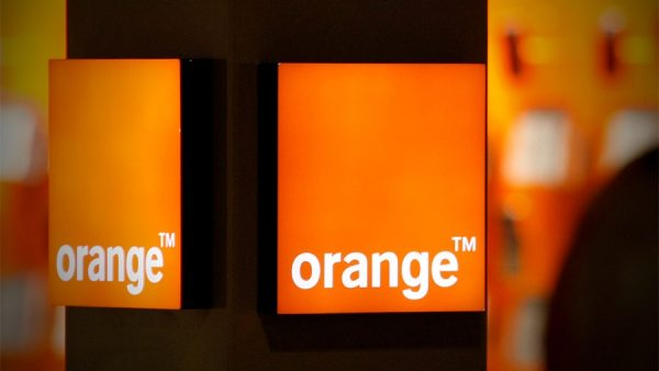 Orange Romania s-a inteles cu Telekom pentru achizitia zonei de telecomunicatii fixe
